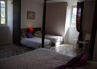 La Haute Maurelle⎥Chambre Lavande - Vue d'ensemble de la chambre