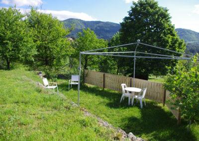 La Haute Maurelle⎥Gîte Lilas - La terrasse extérieure