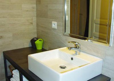 La Haute Maurelle⎥Chambre Tilleul - La salle d'eau privative
